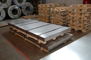 упаковка листа стали